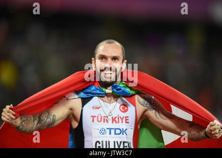 London, UK. 10th Aug, 2017. Ramil Guliyev, Turkey, winning mens 200 meter final in London at the 2017 IAAF World - Stock Photo