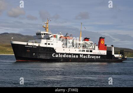 CALEDONIAN MacBRAYNE VEHICLE AND PASSENGER FERRY MV HEBRIDEAN ISLES - Stock Photo