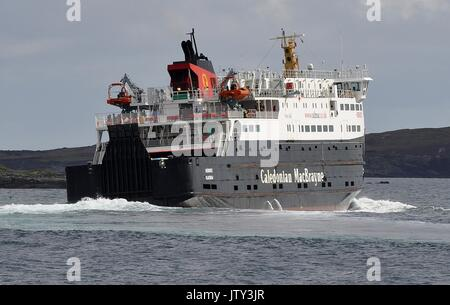 CALEDONIAN MacBRAYNE VEHICLE AND PASSENGER FERRY MV HEBRIDES - Stock Photo