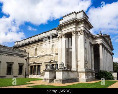 Fitzwilliam Museum Cambridge. The Fitzwilliam Museum is the art and antiquities museum of the University of Cambridge, - Stock Photo