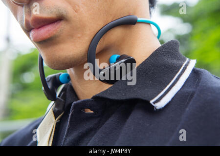 Bluetooth earbud pair - bluetooth earbud purple