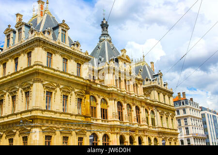 place des cordeliers lyon rhone alpes france stock photo royalty free image 50497297 alamy. Black Bedroom Furniture Sets. Home Design Ideas
