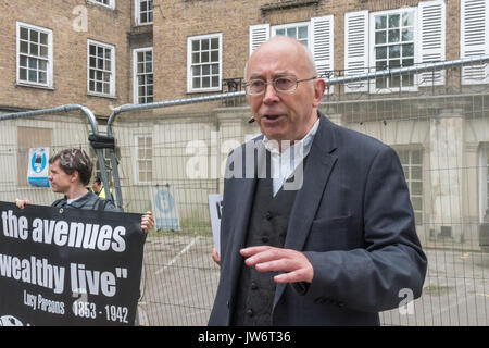 London, UK. 10th Aug, 2017. London, UK. 10th August 2017. Ian Bone of Class War, who lived in Grenfell Tower for - Stock Photo