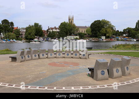 Molesey Heritage Marker, St Mary's Church Hampton beyond across River Thames, East Molesey, Surrey, England, Great - Stock Photo
