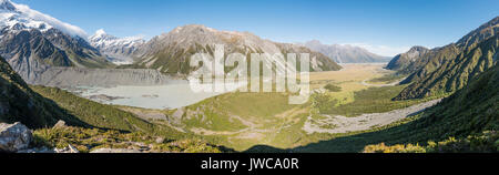 View of Glacier Lake Mueller Lake, Rear Mount Cook, Mount Cook National Park, Southern Alps, Hooker Valley, Canterbury - Stock Photo