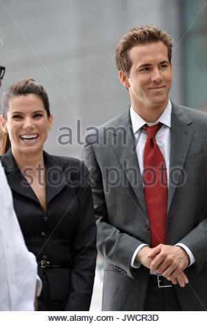 Sandra Bullock And Ryan Reynolds Filming A Scene For The Proposal