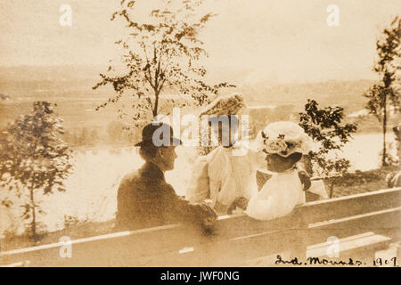 A man and two women at the Indian Mounds park in St. Paul, Minnesota USA 1907-1908 - Stock Photo