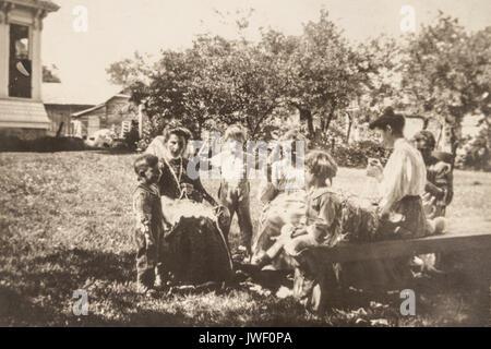 Women in Minnesota USA 1907-1908 having fun - Stock Photo