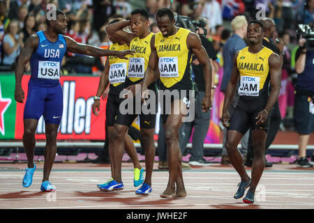 London, UK. 12th Aug, 2017. London, August 12 2017 . Justin Gatlin wishes Usain Bolt well after he pulled up injured - Stock Photo