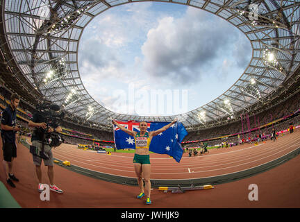 London, UK. 12th August, 2017. Sally PEARSON of Australia celebrates with the Australian flag after winning the - Stock Photo