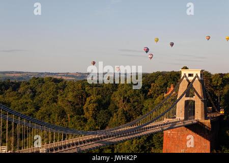Bristol, UK. 13th August, 2017. Bristol International Balloon Fiesta; Clifton Suspension Bridge, Bristol, England - Stock Photo