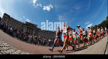 London, Britain. 13th Aug, 2017. Athletes compete during Women's 20km Race Walk on Day 10 of the 2017 IAAF World - Stock Photo