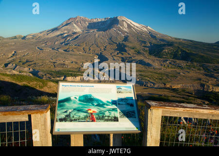 Mt St Helens with interpretive board from Johnston Ridge, Spirit Lake Memorial Highway, Mt St Helens National Volcanic - Stock Photo