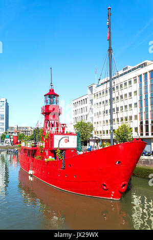 Rotterdam, The Nederlands - July 18, 2016: A lighthouse boat in the Wijnhaven canal area - Stock Photo