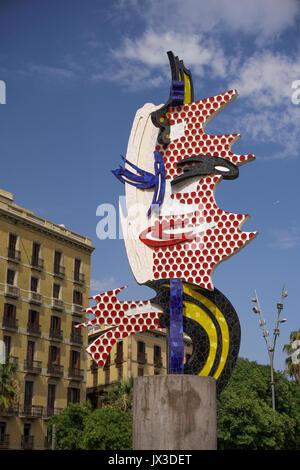 El Cap de Barcelona surrealist outdoor ceramic tile sculpture by artist Roy Lichnenstein on the city waterfront. - Stock Photo