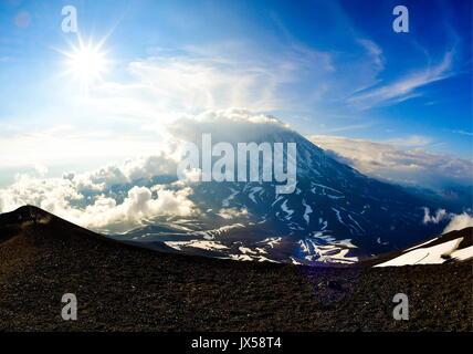 Kamchatka Territory, Russia. 12th Aug, 2017. A view of Koryaksky active volcano. Credit: Yuri Smityuk/TASS/Alamy - Stock Photo