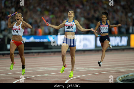 London, UK. 13th Aug, 2017. Emily Diamond of Great Britain crosses the finish line to win silver ahead of Justyna - Stock Photo