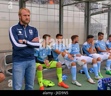 13.08.2017, Fussball DFB Pokal 2017/2018, 1. Runde, TSV 1860 München - FC Ingolstadt 04, im Städtischen Stadion an der Grünwalderstrasse in München. li: Trainer Daniel Bierofka (TSV 1860 München). Photo: Cronos/MIS