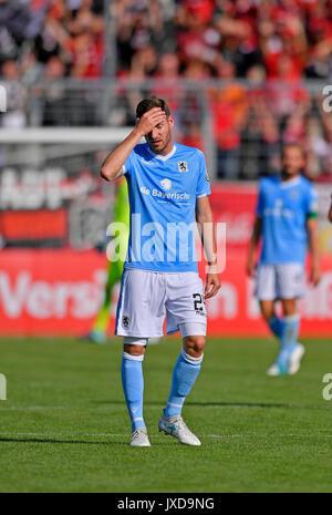 13.08.2017, Fussball DFB Pokal 2017/2018, 1. Runde, TSV 1860 München - FC Ingolstadt 04, im Städtischen Stadion an der Grünwalderstrasse in München. Frust bei Markus Ziereis (1860). Photo: Cronos/MIS