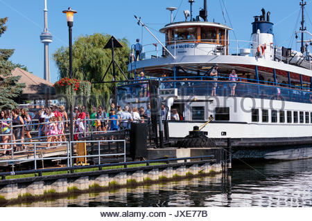 ferry boat arriving Toronto Islands Park Toronto Ontario Canada - Stock Photo