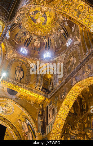 12th Century Mosaics decorating the interior of the Palantine chapel in the Palazzo dei Normanni, Central Palermo. - Stock Photo
