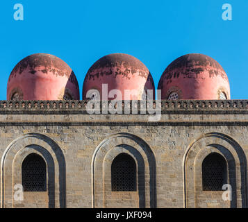 The pink domes of San Cataldo church in the Piazza Bellini, Central Palermo. Sicily. - Stock Photo