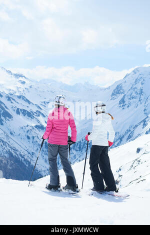 Mother and daughter on skiing holiday, Hintertux, Tirol, Austria - Stock Photo