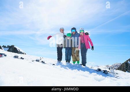 Family on skiing holiday, Hintertux, Tirol, Austria - Stock Photo