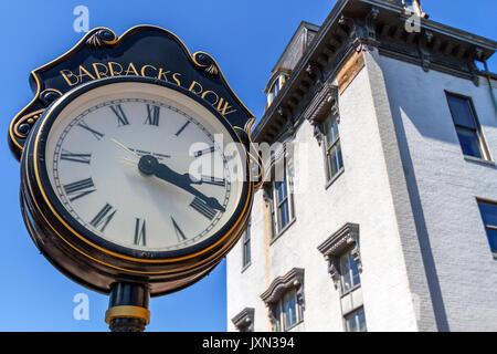 Street clock on 8th Street SE in the Barracks Row Neighbourhood, Washington, D.C., U.S.A. - Stock Photo