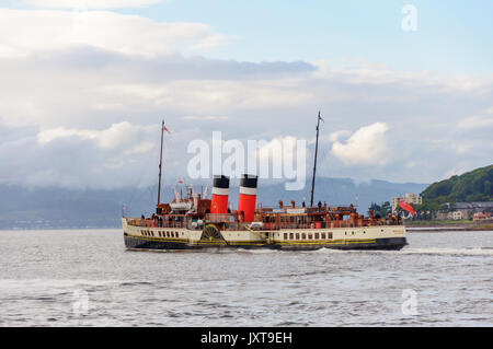 Largs, Scotland, UK. 17th August, 2017. UK Weather: The Waverley is the last sea-going paddle steamer in the world. - Stock Photo