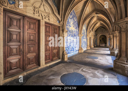 The cloister of The Se Cathedral in Porto, Portugal - Stock Photo