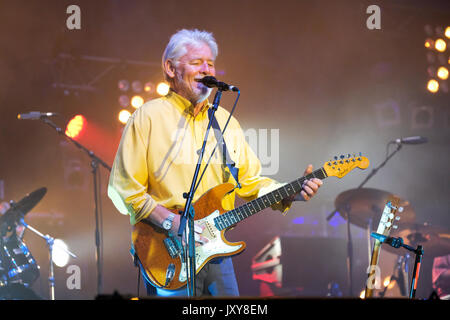 Simon Nicol of Fairport Convention performing at Fairport's Cropredy Convention, Banbury, Oxfordshire, England, - Stock Photo