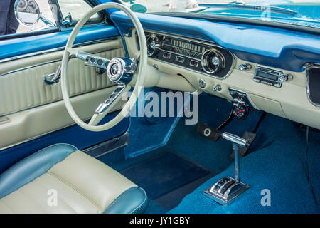 steering wheel and dashboard of a vintage car from the twentieth stock photo 116610586 alamy. Black Bedroom Furniture Sets. Home Design Ideas
