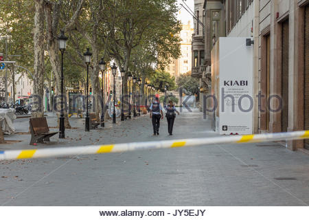 Barcelona, Spain. 17th Aug, 2017. Barcelona. Placa catalunya seen by Passeig de gracia couple of hours after the - Stock Photo