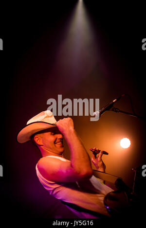 Edinburgh, Scotland, UK. 17th August, 2017. Singer Josh T. Pearson of Texan band Lift to Experience onstage at Summerhall, - Stock Photo