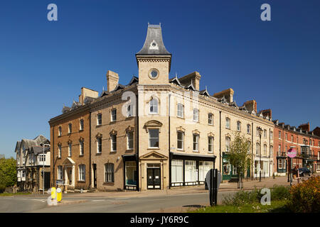 Victorian Building at Junction of High St and Ithon Road Llandrindod Wells Powys Wales UK - Stock Photo
