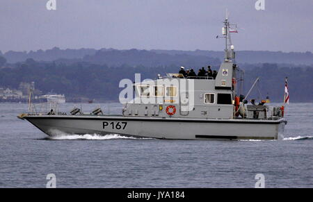 AJAXNETPHOTO. 16TH AUGUST, 2017. PORTSMOUTH, ENGLAND. - TRAINING SHIP  - P2000 CLASS HMS EXPLOIT OUTWARD BOUND AT - Stock Photo