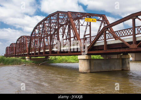 Old Iron bridge over Lake Overholser on Old Route 66.  Built in 1924 and refurbished in 2011. - Stock Photo