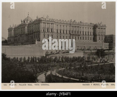 Madrid. Palacio Real. Vista General. - Stock Photo