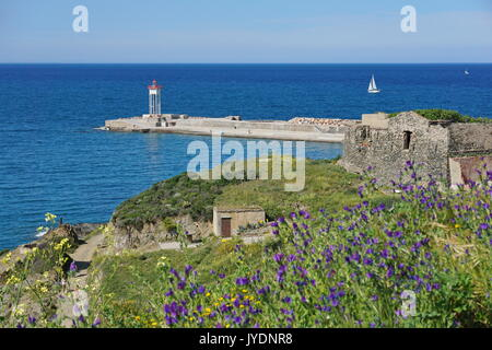 Jetty with a lighthouse, Port-Vendres, Vermilion coast, Mediterranean sea, Roussillon, Pyrenees-Orientales, south - Stock Photo