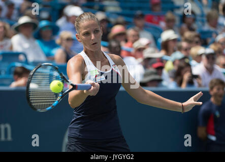 Connecticut, USA. August 19, 2017August 19, 2017: Karolina Pliskova (CZE) loses to Garbine Muguruza (ESP) 6-3, 6 - Stock Photo
