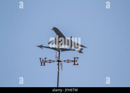 London UK. 20th August 2017. UK Weather. A concord on weather vane set against a blue sky as temperatures are forecast - Stock Photo