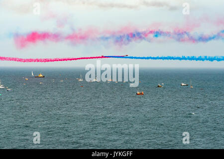 Red Arrows Aerial Display over Fowey and Polruan Estuary, Cornwall, UK Editorial 17/08/2017. For the first in nearly - Stock Photo