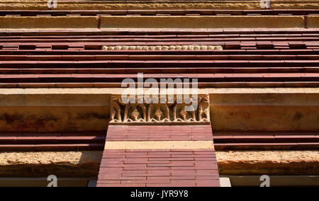 ... Nineteenth Century Fancy Stone And Brick Facade On Old Brick Building    Stock Photo Part 61