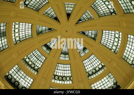The South Rotunda in Lady Lever Art Gallery, Port Sunlight Village, Wirral - Stock Photo