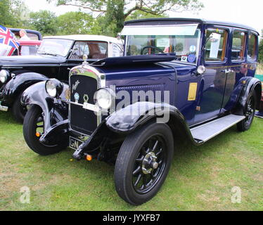 Tewin, UK. 20th Aug, 2017. Tewin Classic Car Show 2017, Tewin, Hertfordshire, UK on 20th August 2017 Credit: KEITH - Stock Photo