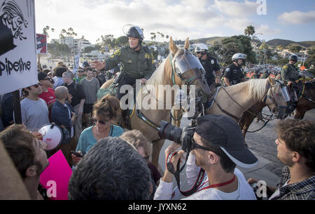 Laguna Beach, California, USA. 20th Aug, 2017. A planned and permitted rally organized by national pro-Trump supporters - Stock Photo