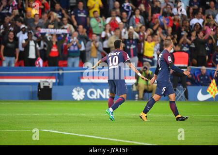 Paris, France. 20th Aug, 2017. Neymar Jr of Paris Saint-Germain  during the French Ligue 1 match Paris Saint Germain (PSG) v Toulouse FC at Parc des Princes stadium on August 20, 2017 in Paris, France. Credit: francois pauletto/Alamy Live News