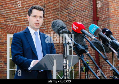 Belfast, Northern Ireland.  27/03/2017 - Secretary of State for Norhern Ireland, James Brokenshire, gives a press - Stock Photo