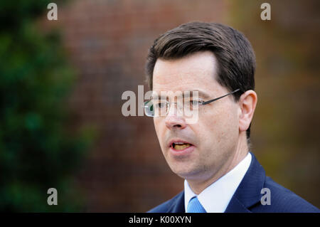 Belfast, Northern Ireland.  27/03/2017 - Secretary of State for Norhern Ireland, James Brokenshire, gives a press - Stock Photo